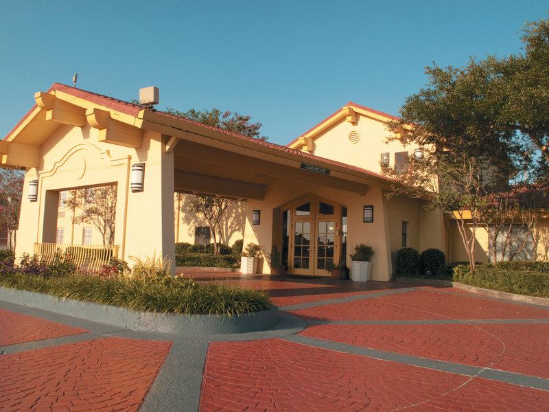 La Quinta Inn Lafayette Außenansicht