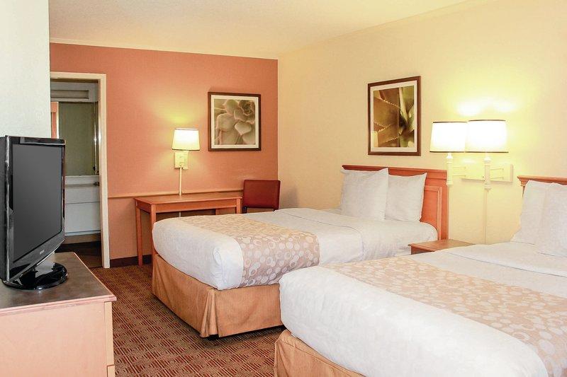 La Quinta Inn Lafayette Suite