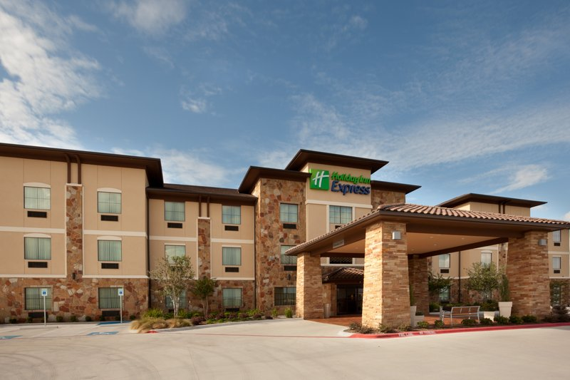 Holiday Inn Express - Tow, TX