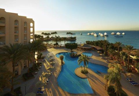 Hurghada Marriott Beach Resort - Outdoor Heated Pool