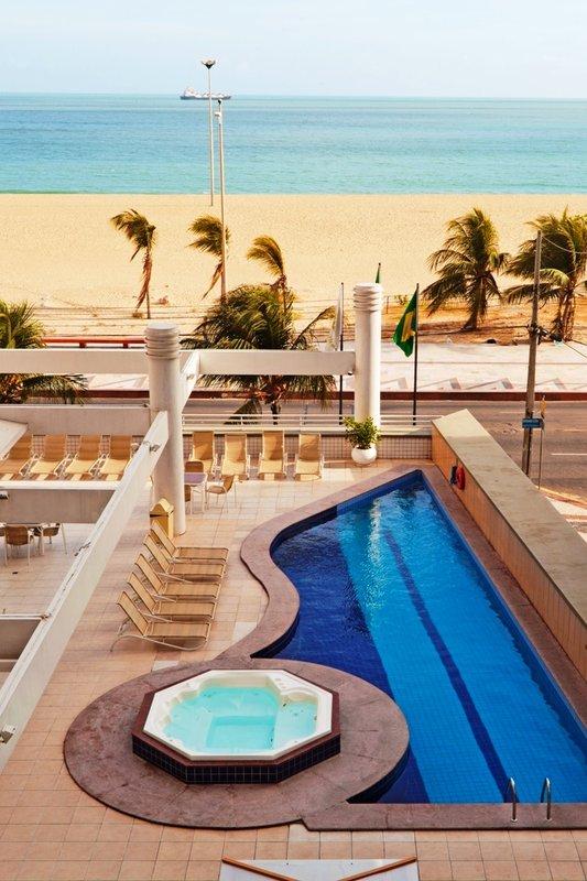 Holiday Inn  FORTALEZA Vista exterior