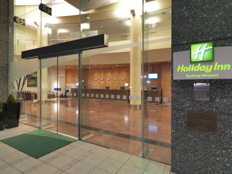 Holiday Inn Sydney Airport Außenansicht