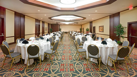 Crowne Plaza Suites ARLINGTON - BALLPARK - STADIUM - Ballroom