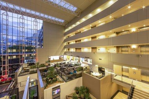 皇冠假日酒店 - Atrium
