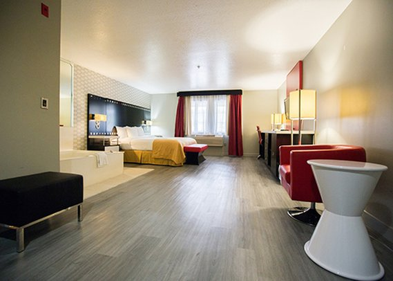 Holiday Inn Express LOS ANGELES-UNIV CTY-CAHUENGA Chambre