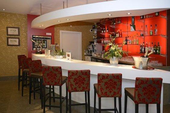 Hotel Kyriad Prestige Lyon Est Saint-Priest Eurexpo Bar/Lounge