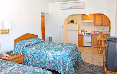 Lake Mohave Marina and Lodge - Kitchen Unit With Double Beds