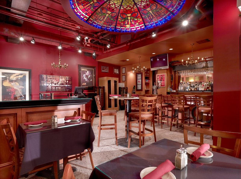 Associated luxury hotels in chicago il 60601 citysearch for Fancy hotels in chicago