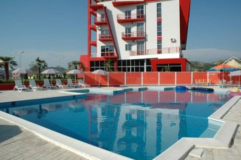 Class Hotel - Pool