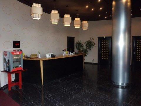 Class Hotel - Lobby