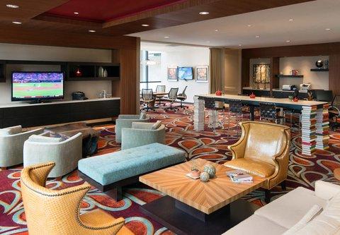 Westin City Center - Concierge   Business Lounge