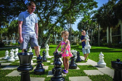 Hyatt Regency Pier Sixty-Six - FTLHP P196 Lifestyle Outdoor Chess