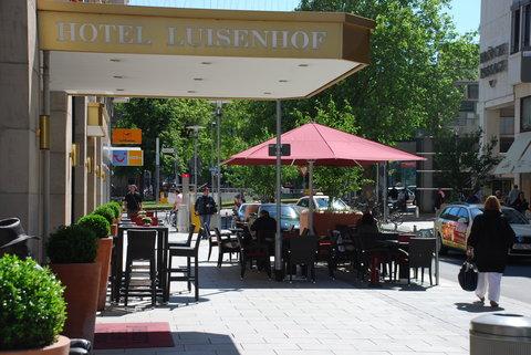 Kastens Hotel Luisenhof - Terrace at Kastens Hotel Luisenhof Hanover