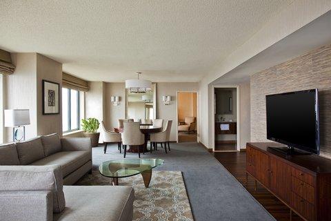 Sheraton Grand Chicago Hotel - Illinois Suite