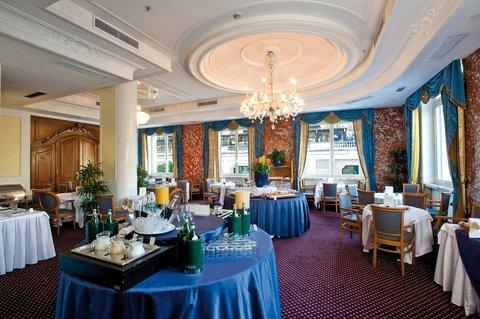 Hotel Bernini Bristol - Small Luxury Hotels of The World - Breakfast Room