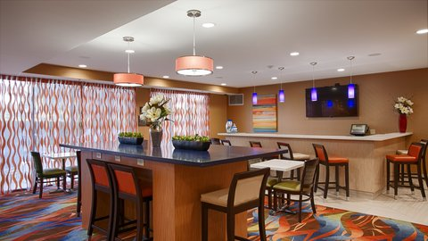 BEST WESTERN PLUS Fresno Airport Hotel - Dining room