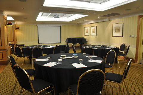 Stamford Plaza Adelaide - Club Lounge Conference Room