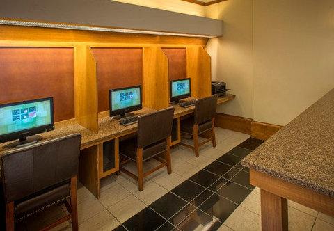 Marriott Courtyard Denver Downtown Hotel - Business Center