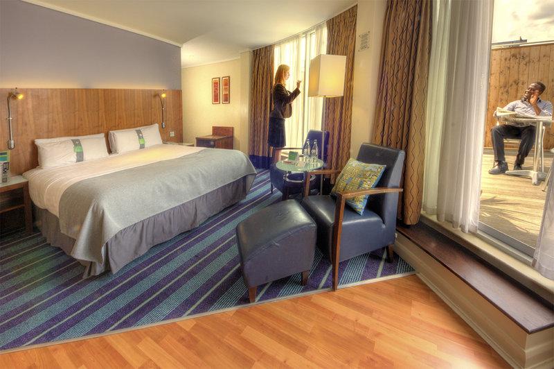 Holiday Inn Camden Lock View of room