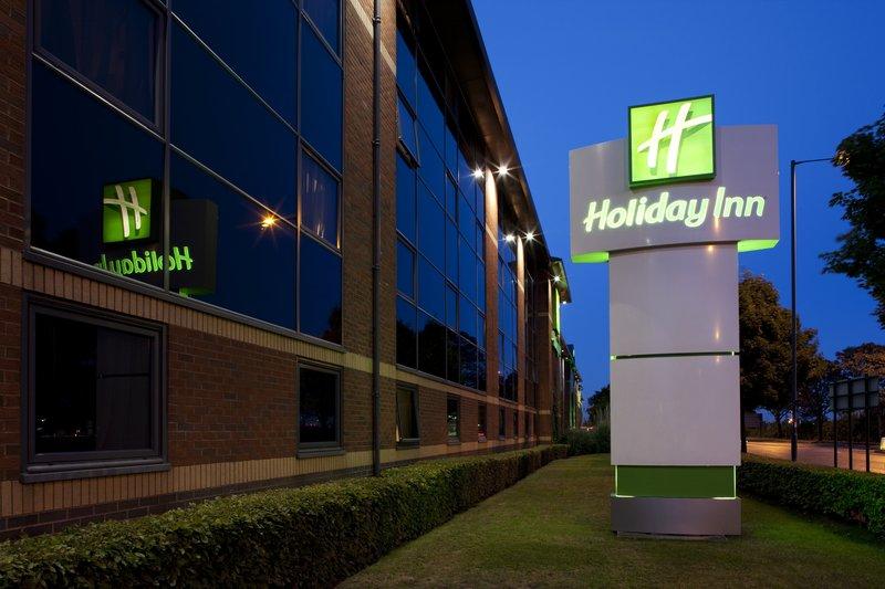 Holiday Inn London-Heathrow 外観