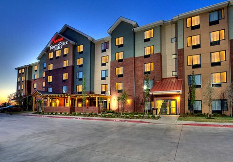 TownePlace Suites Oklahoma City Airport - Exterior