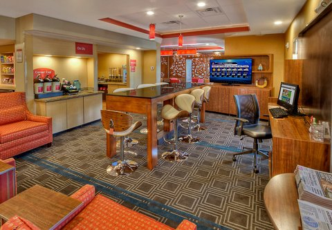 TownePlace Suites Oklahoma City Airport - Lobby
