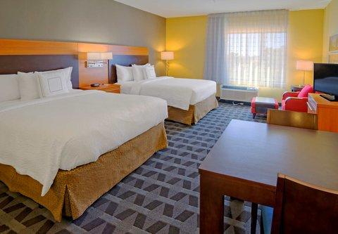 TownePlace Suites Oklahoma City Airport - Queen Queen Studio Suite