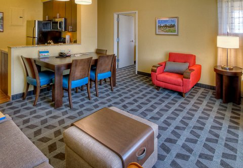TownePlace Suites Oklahoma City Airport - Two-Bedroom Suite