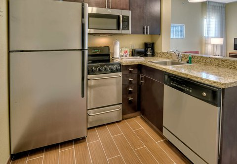 TownePlace Suites Oklahoma City Airport - Two-Bedroom Suite Kitchen