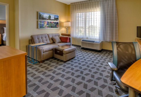 TownePlace Suites Oklahoma City Airport - One-Bedroom Suite