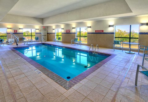 TownePlace Suites Oklahoma City Airport - Indoor Pool