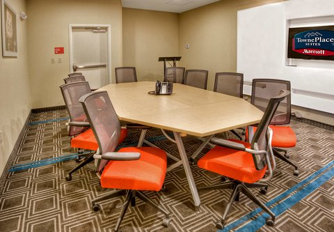 TownePlace Suites Oklahoma City Airport - Sooner Boardroom