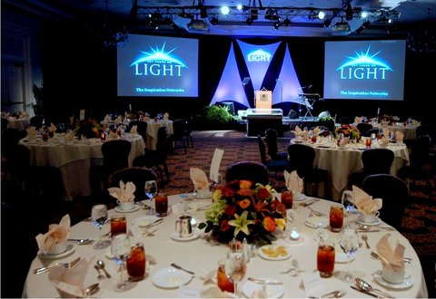 DoubleTree by Hilton Fayetteville - Let There Be Light