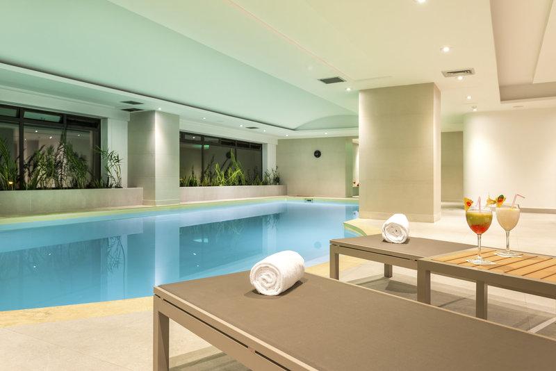 Radisson Royal Bogota Hotel Poolansicht