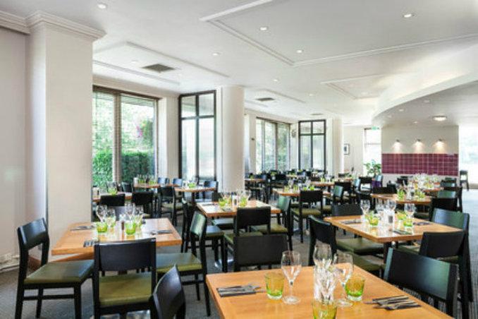 Holiday Inn  Cambridge Gastronomia