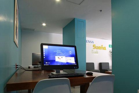 One Guadalajara Periferico Vallarta - Business Corner