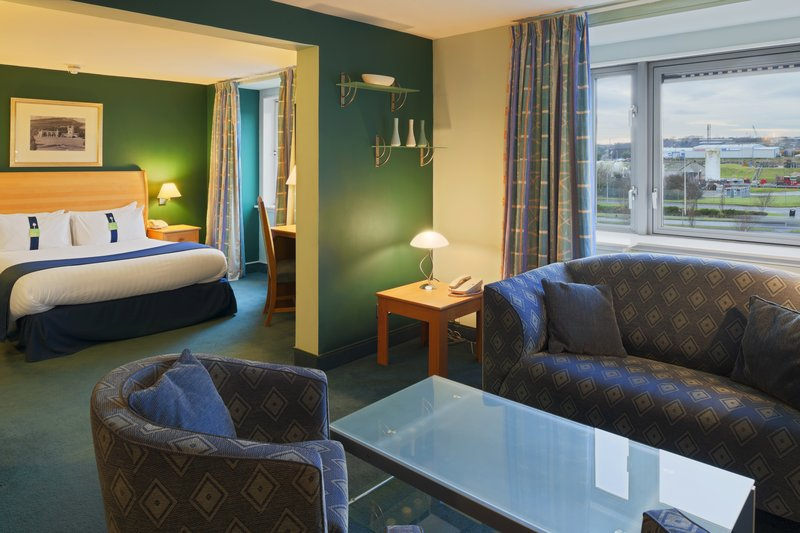 Holiday Inn Aberdeen Suite