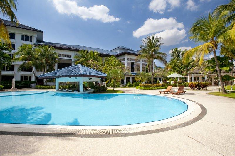 Holiday Inn Glenmarie-Kuala Lumpur Havuzun görünümü