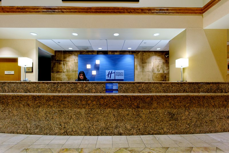 Holiday Inn Express Hotel & Suites Austin Airport Lobi