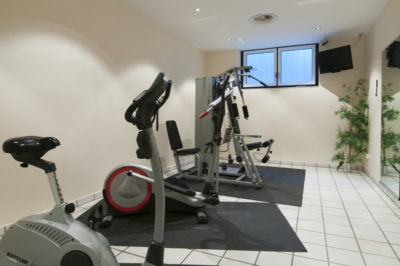 Holiday Inn Berlin City-West Fitness salonu