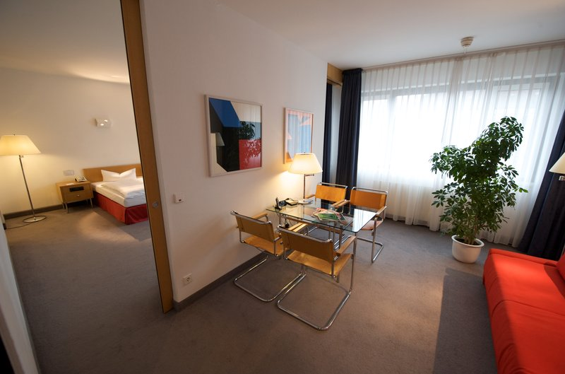 Holiday Inn Berlin City-West Suite