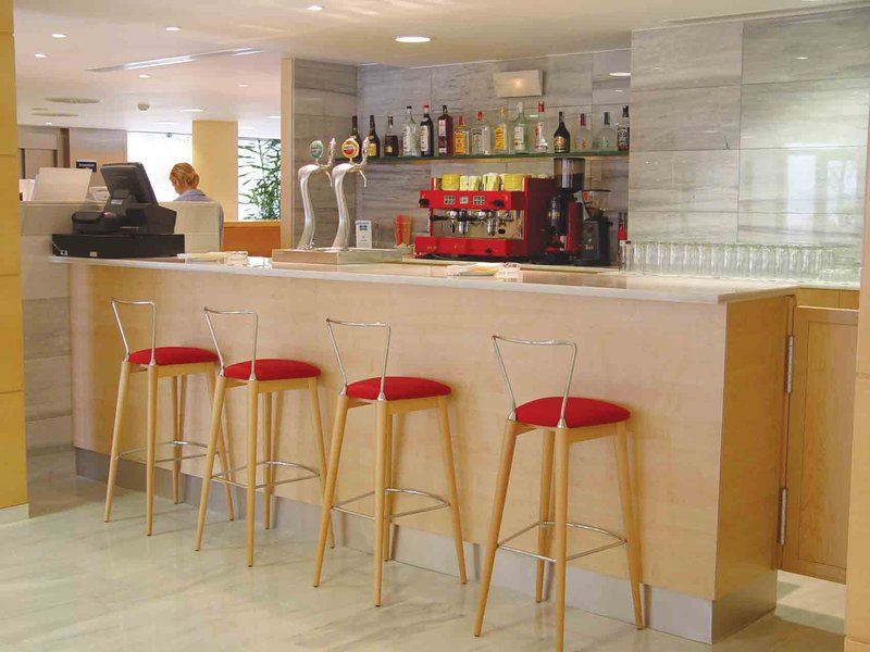Holiday Inn Express Montmelo Kokoustila
