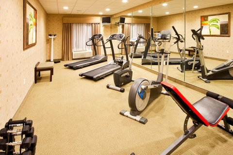 Holiday Inn Express Hotel & Suites Bartow - Fitness Center
