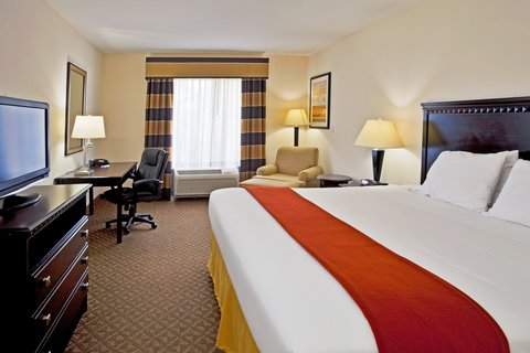 Holiday Inn Express Hotel & Suites Bartow - Holiday Inn Express Bartow King Bed Guest Room