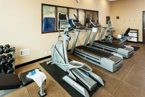 Crowne Plaza ANCHORAGE-MIDTOWN - 24 hour fitness center at Crowne Plaza Anchorage-Midtown