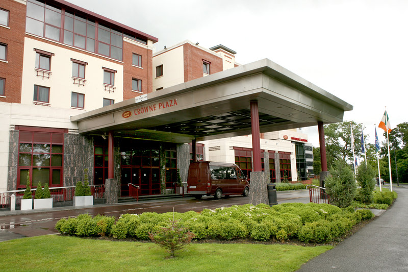 Crowne Plaza Dublin Northwood 外景