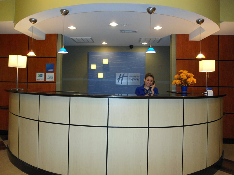 Holiday Inn Express & Suites ATLANTA EAST - LITHONIA - Dunwoody, GA