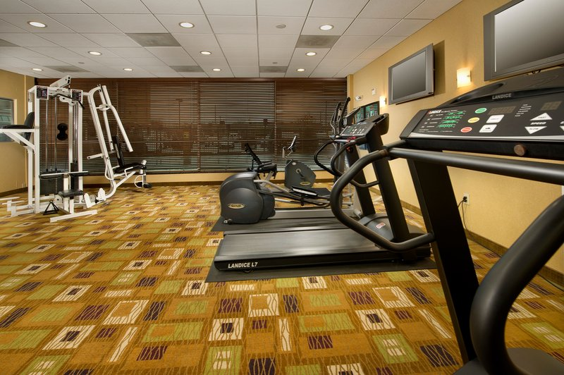 Holiday Inn Express Baltimore At the Stadiums Fitnessclub
