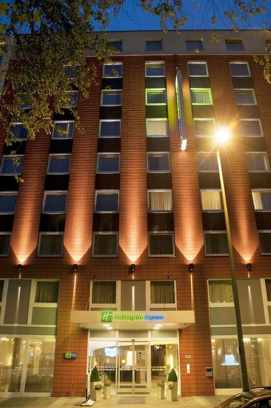 Stornierung Holiday Inn Hotel Berlin City West