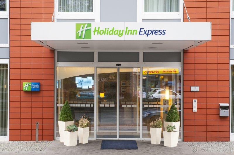 Hotel Holiday Inn Express Berlin City Centre-West Entrada